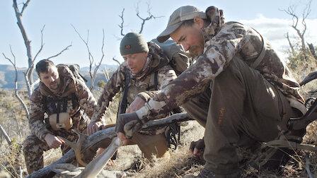 觀賞邊境的公鹿(下)。第 8 季第 7 集。
