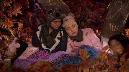 Watch Secret Sleepover. Episode 11 of Season 1.